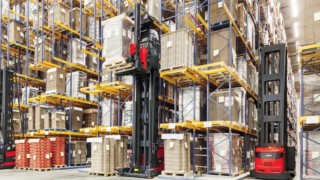 中文Future topics and trends in the material handling equipment industry